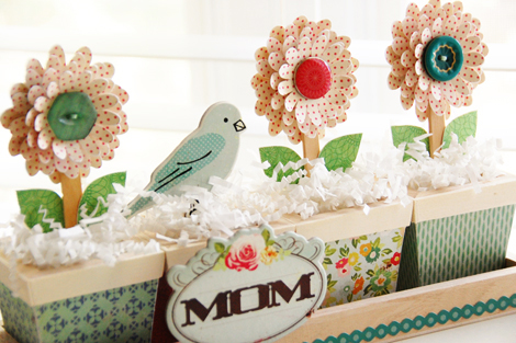 Roree Rumph-Crate Paper Apr12-mom flower planter closeup1 3