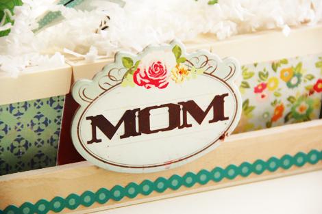 Roree Rumph-Crate Paper Apr12-mom flower planter closeup3 3