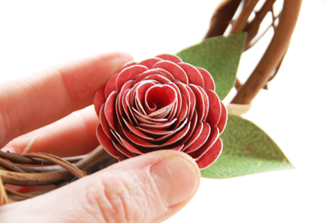 Roree Rumph-Crate Paper Feb12-Craft with Crate-Love Wreath-flower step 8