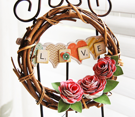 Roree Rumph-Crate Paper Feb12-Craft with Crate-Love Wreath 3