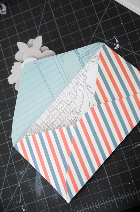 Christmas mail art: 4 ways to decorate a big, beautiful stack of ... | 708x470
