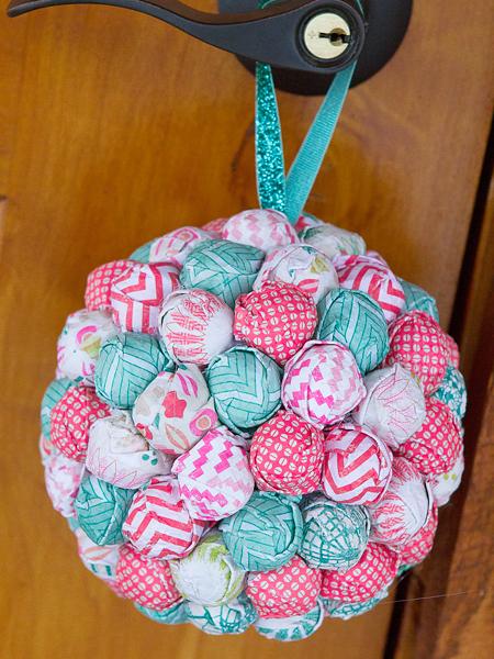 KNeddo-Ball-Ornament-5