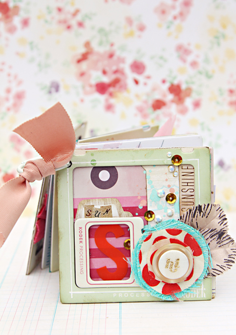 Christine Middlecamp 'Park Day' Mini Album for Crate Paper II